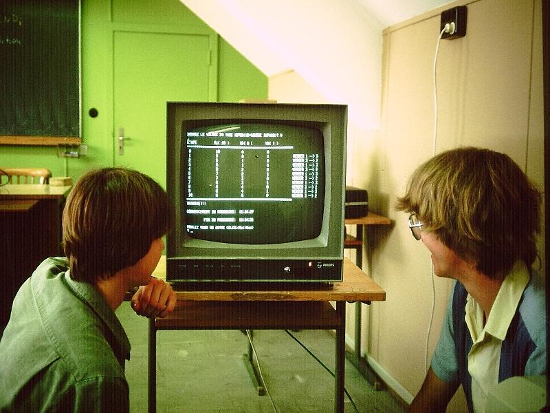 LCDinfo 1982 (?)/LCDinfo_1984 010